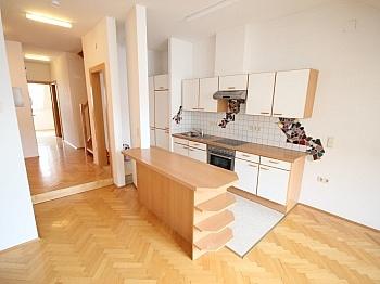 Dachgeschoss Bruttomieten Heizkosten - Sanierte Stadtwohnung 85m² in der Kramergasse