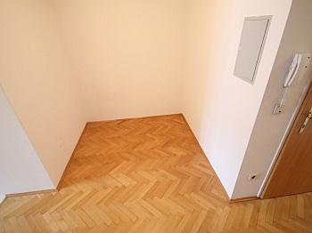offner Sofort Zimmer - Sanierte Stadtwohnung 85m² in der Kramergasse