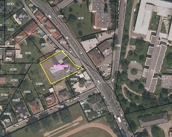 - Bürohaus mit Lagerhallen in der Feldkirchnerstraße