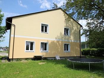 Wohnzimmer Saniertes Gemeinde - Saniertes Zweifamilienwohnhaus 185m² in Moosburg