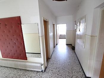 Kellergeschoss Infrastruktur Geschossdecke - Saniertes Zweifamilienwohnhaus 185m² in Moosburg
