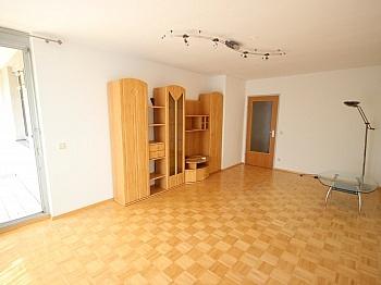 Schlafzimmer Kinderzimmer Garagenplatz - Neuwertige 3 Zi Wohnung in guter, zentraler Lage