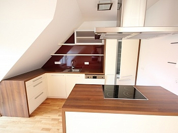 Hauseigener Warmwasser Spitzboden - Tolle 90m² 3 Zi Penthousewohnung - Linsengasse