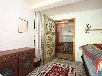 Einzelherd genügend Brennholz - Idyllisches Bauernhaus/Weberkeusche Michaelaberg