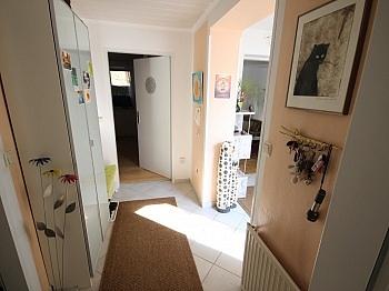 erstklassige Erdgeschoss überdachte - Traumhafte 3 Zi Gartenwhg. in Keutschach-Reauz
