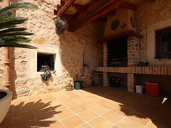 Erdgeschoss überdachte Alarmanlage - Finca in Nähe San Lorenzo - Mallorca