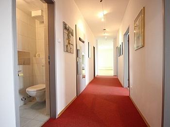 Klagenfurt Badezimmer Wohnzimmer - Helle 4-Zi-Whg. in der Bahnhofstraße inkl. Garage