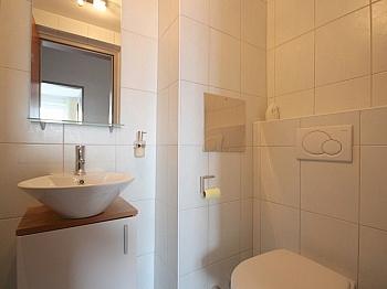 Fernwärme Badezimmer Mietpreis - Helle 4-Zi-Whg. in der Bahnhofstraße inkl. Garage