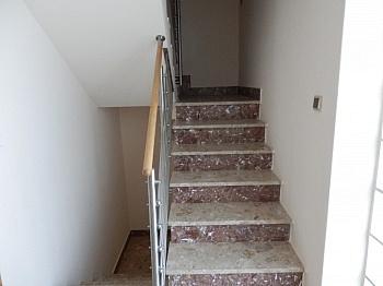 Jahre liter Nähe - Schönes 200m² Zweifamilienwohnhaus in Rotschitzen