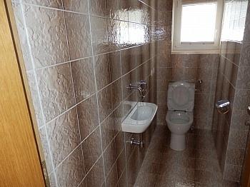 länger tanken Dusche - Schönes 200m² Zweifamilienwohnhaus in Rotschitzen