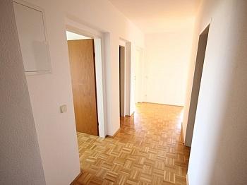 Dusche Sofort ruhige - Schöne 3 Zi-Wohnung in Klagenfurt Nähe Interspar