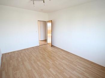 Geräten Südlage Laminat - Helle 2 Zi Wohnung 64m² - Karl-Marx-Strasse