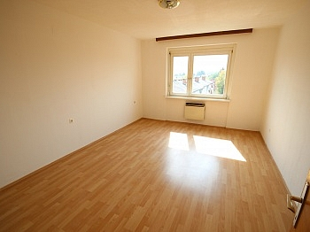 Wohnung Strasse Marx - Helle 2 Zi Wohnung 64m² - Karl-Marx-Strasse
