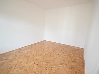 großes Heizung Bindung - Sanierte schöne 110m² 3 Zi Altbauwohnung-Morogasse