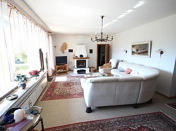Dachgeschoss Schlafzimmer Quellwasser - Schöner Bungalow mit 160m² in Ludmannsdorf