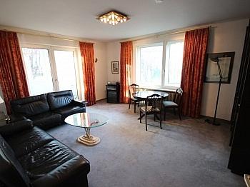 eigener Vorraum Teppich - 4 Zi Wohnung in Welzenegg