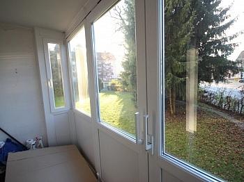 Wohnküche verglaster Fenster - 4 Zi Wohnung in Welzenegg