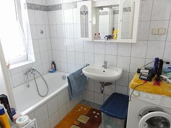Badewanne vermietet Interspar - Sonnendurchflutete 2 Zi Gartenwohnung in Waidmannsdorf