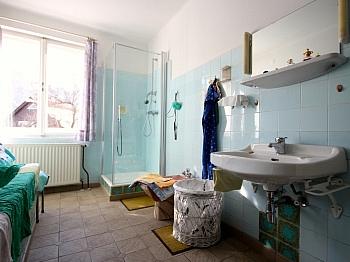 Dachboden Lagerraum Badewanne - Idyllische Liegenschaft in Feistritz im Rosental