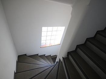 Wohnzimmer übergeben Badezimmer - Einfamilienwohnhaus 100m² in Annabichl