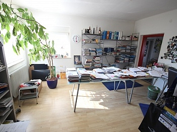 Dachgeschoss Eckbadewanne Gästezimmer - Einfamilienwohnhaus 100m² in Annabichl