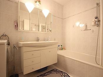 Waschtisch deckenhoch Fernwärme - Helle 2-Zi-Wohnung in Bad Kleinkirchheim