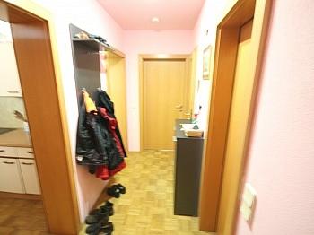 Hochparterre Waschbecken Karolinger - Schöne 2 Zi Wohnung 66m² in Maria Saal