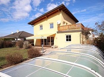 Pool befindet große - Wunderschönes junges Haus Nähe Kalmusbad