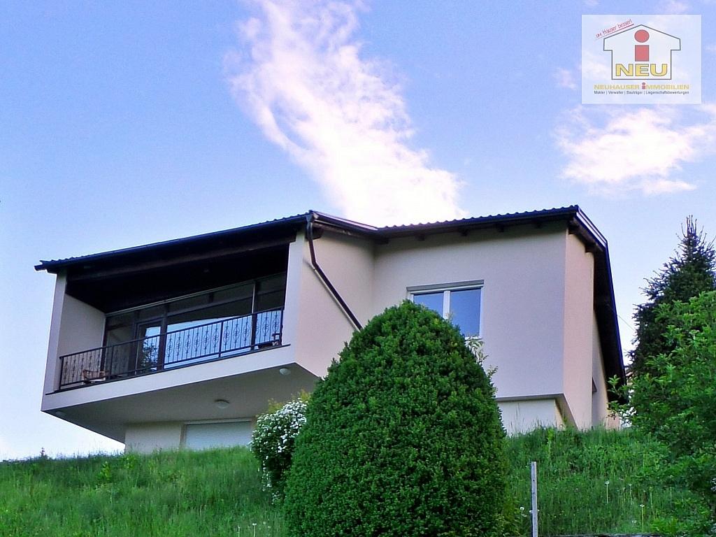 Modernes wohnhaus in velden am w rthersee neuhauser for Modernes wohnhaus