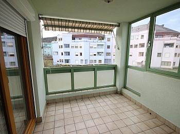 Schlafzimmer erreichbar Badewanne - Schöne 2 Zi-Wohnung in Viktring