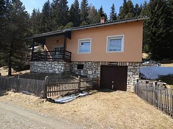 Vorraum kleine Wassergenossenschaft - Saniertes Ferienhaus auf der Flattnitz