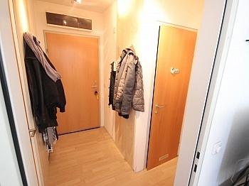 Vorraum einzige Sonnige - Schöne 2 Zi Wohnung 68m² in Feschnig