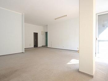 Geschäftslokal Schaufensterflächen Anzengruberstrasse - 59 m² Büro/Geschäftslokal in St.Martin