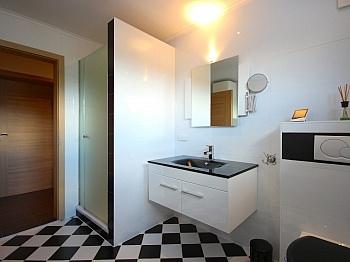 Verfügung Rücklagen Wohnzimmer - Moderne 3-Zi-Wohnung in Launsdorf