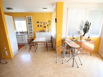 Stellplatz herrlichem Wohnzimmer - Neuwertige 3 Zi Wohnung  94m² - Viktring