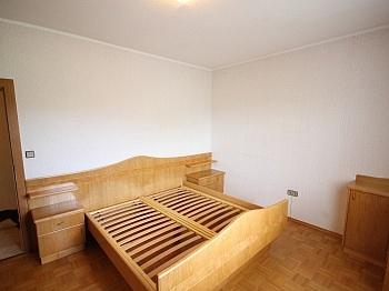 Teilmöbliert eingerichtete Nordwestlich - Sehr gepflegtes Wohnhaus / Wölfnitz Ruhelage