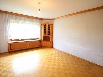 Teilmöbliert eingerichtete Fliesenböden - Sehr gepflegtes Wohnhaus / Wölfnitz Ruhelage