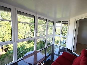 Waschmaschinenanschluß Wintergartenfenster Eichenparkettböden - 3 Zi Penthouse 100m² mit XL Terrasse-Lemischgasse