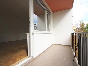Helle Monat Stock - Helle 3-Zimmer Wohnung in der August-Jaksch-Str.