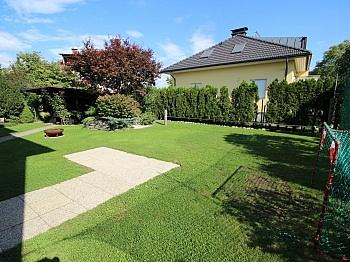 ausbaufähiges Ausbaufähiges Massivbauweise - Schönes Zweifamilienwohnhaus 170m² - Waidmannsdorf