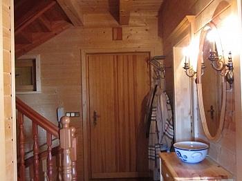 Erholungsgebiet Eingangsbereich Aufenthaltsraum - Wunderschönes Holzblockhaus Maria Rain/Toppelsdorf