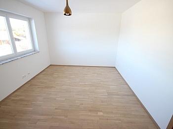 Erdwärmepumpe Aussichtslage Nebengebäude - Neuwertiges 123m² Wohnhaus in Köttmannsdorf