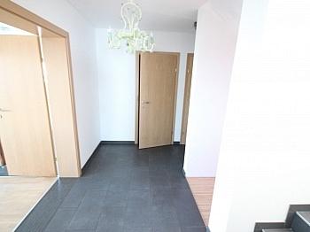 Flächenangeaben Erdwärmepumpe Massivbauweise - Neuwertiges 123m² Wohnhaus in Köttmannsdorf