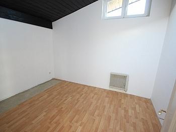 Dachgeschoss Kellerabteil Waschbecken - Schöne 3 Zi Wohnung 100m² in Maria Saal-Ratzendorf