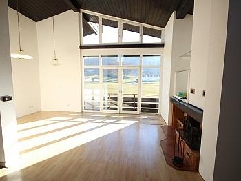 Wohnzimmer Dachgeschossraum Schlafzimmer - Schöne 3 Zi Wohnung 100m² in Maria Saal-Ratzendorf