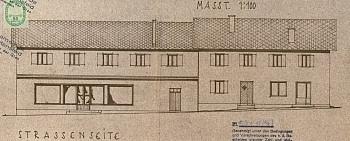 - Wohnhaus mit Geschäftslokal in Zweinitz