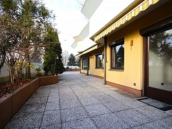 Lift Besucherparkplätze Elternschlafzimmer - Zentrale 4-Zi-Terrassenwohnung in Waidmannsdorf