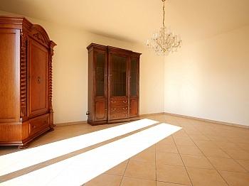 Waschtische Möblierung Badezimmer - Neuwertiger Bungalow in Aussichtslage/Guttaring