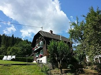 Schönes 1-2 Familienhaus in Ruhelage