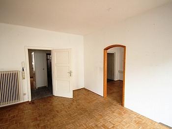 Badezimmer adaptieren Kunststoff - Zinshaus in Klagenfurt Zentrum - Bestandsfrei